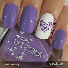 Purple nails with dotted heart - Nails - Nail Art Violet, Purple Nail Art, Purple Nail Designs, Nail Art Designs, Purple Glitter, Purple Wedding Nails, Purple Toe Nails, Heart Nail Designs, Stiletto Nails