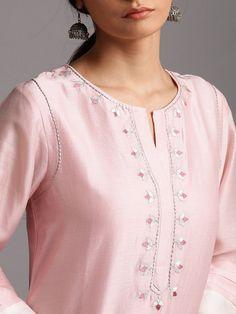 Silk Kurti Designs, Kurta Designs Women, Salwar Designs, Blouse Designs, Silk Dress Design, Fancy Dress Design, Kurta Patterns, Kurti Embroidery Design, Neck Designs For Suits