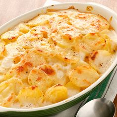 Low-Fat Scalloped Potatoes : This recipe from Food Network Kitchen uses Gruyère cheese, and because the cheese has a ton of nutty flavor, you don't have to use a lot of it. via Food Network Potato Side Dishes, Healthy Side Dishes, Healthy Sides, Side Dish Recipes, Food Network Recipes, Cooking Recipes, Healthy Recipes, Healthy Meals, Cooking Food