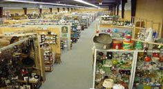 Find Amazing Antiques At These 10 Places In Pennsylvania Lancaster Pennsylvania, Lancaster County, Antique Market, Antique Stores, Antique Fairs, Amish, Antique Show, All I Ever Wanted, Selling Antiques