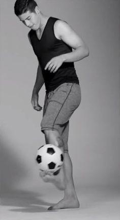 Así se ve el colombiano James Rodríguez en ropa interior – Metro