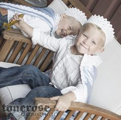 DIY lace crown and capes for my little boys at princess party!