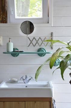 Erdei Kisház projekt teljesítve | juditu Wooden House, Sink, Bathroom, Home Decor, Sink Tops, Washroom, Vessel Sink, Decoration Home, Room Decor