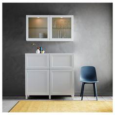BESTÅ Storage combination w doors/drawers - white, Hanviken/Stubbarp white clear glass - IKEA Door Shelves, Glass Shelves, Ikea 4 Drawer Dresser, Drawer Storage, Ikea Family, Plastic Drawers, Painted Doors, Clear Glass, Storage Spaces