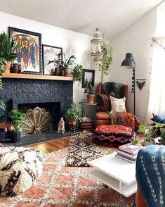 Top Ideas For Bohemian Living Room Design And Decoration That Most People Love It fine Top Ideas For Bohemian Living Room Design And Decoration That Most People Love It - Bohemian or also often known as boho style, is one of the most. Bohemian Interior Design, Home Interior Design, Interior Shop, Interior Colors, Interior Livingroom, Contemporary Interior, Interior Ideas, Interior Inspiration, Retro Home Decor