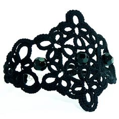 Decoromana: Black tatted lace bracelet