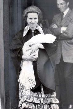 HRH Princess Anne with newborn Zara Phillips in May 1981.