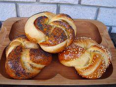 Nem vagyok mesterszakács: Félédes, vajas kalácszsemlék – reggelire, szendvicshez, hamburgerhez, ünnepekre