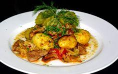 Karkówka z ziemniakami i kapustą