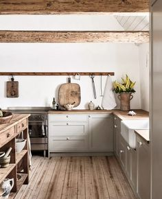 Move Over, Marble! Move Over, Marble! Farmhouse Style Kitchen, Modern Farmhouse Kitchens, Rustic Kitchen, Home Kitchens, Wooden Kitchen, Eclectic Kitchen, Small Kitchens, Earthy Kitchen, Farmhouse Renovation