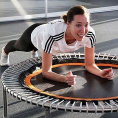 """50 Tage - 50 Workouts! Amanda von unserer Online-Agentur exito hat ihr Fitness-Experiment erfolgreich beendet. Wie es ihr mit dem täglichen Training auf dem bellicon® ergangen ist und welche Ergebnisse sie durch die """"bellicon Fit in 50 Days Challenge"""" erzielt hat, könnt Ihr im Gipfelstürmer-Blog nachlesen."""