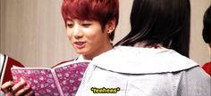 He got shouted at by a fan after reading the fan's note loud at the fan meet