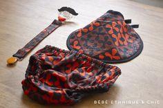 cadeau de naissance composé d'un bavoir rond, d'une attache-tétine et d'une culotte. Le tout en wax #nenoi #bébé #bavoir #babygift
