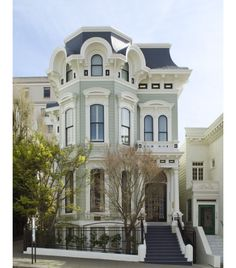 Victorian house in Pacific Heights in San Francisco