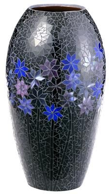 Do you have an old vase that's ugly or cracked? Cover it up!