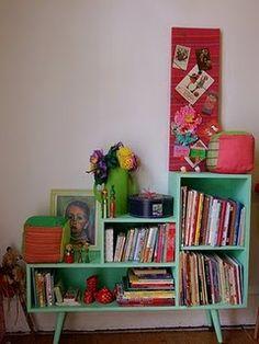 Vintage end-table turned book shelf (I think?)
