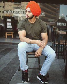 Big Men Fashion, Mens Fashion Suits, Fashion Outfits, Men's Outfits, Punjabi Boys, Kurta Pajama Men, Mens Clothing Styles, Men's Clothing, Punjabi Models