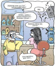 - Merhaba size kaç içki ısmarlayabilirim?  + Bir.  - Doğru... Neden? Çünkü fakir olduğumdan dolayı...  + Barmen bana bir tekila...  - Ooo batırdın bizi hacı...  #karikatür #mizah #matrak #komik #espri #şaka #gırgır #komiksözler