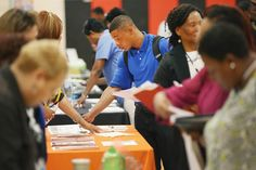 Hunting for a New Job? Here are Some Resources For Latino Job Seekers
