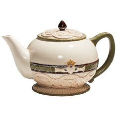 Perfect teapot for an Irish tea party.