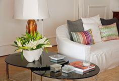 Small colorful details. #decor #living #interior #design #casadevalentina