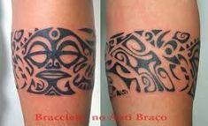 maori bracelet tattoo - Google zoeken Tribal Tattoos, Tatoos, Maori Tattoos, Tattoo Bracelet, Tatting, Google, Tattoo Maori, Log Projects, Bobbin Lace