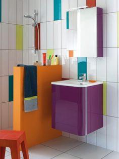 Accorder un meuble vasque aux couleurs de la salle de bain de nos clients avec exactitude n'est pas chose aisée… C'est certainement le constat de Sanijura qui nous propose désormais le choix parmi 6000 coloris avec l'option MY COLOR!