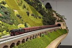 It has been said that collecting classic toy trains in the world's greatest hobby. Many of today's collectors received their first toy train N Scale Model Trains, Model Train Layouts, Scale Models, Wiking Autos, Train Ho, Escala Ho, Model Railway Track Plans, Hobby Trains, Real Model