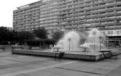 Dresden, Prager Straße, Pusteblumen-Springbrunnen