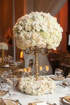 Here are today's hand-picked collection of the best wedding reception ideas from around the web. The wedding flower centerpieces, bouquets, and arrangements are out of this world gorgeous. Wedding Table Centerpieces, Floral Centerpieces, Reception Decorations, Floral Arrangements, Table Wedding, Reception Ideas, Flower Arrangement, Trendy Wedding, Perfect Wedding