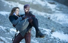 Grant Gustin & Danielle Panabaker - Barry Allen & Caitlin Snow - The Flash