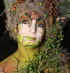 Fantasy Creatures, Mythical Creatures, Mother Nature Costume, Creepy Costumes, Fantasy Make Up, Autumn Fairy, Fairy Clothes, Forest Fairy, Fairy Makeup