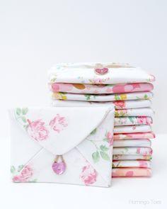 DIY: fabric envelopes