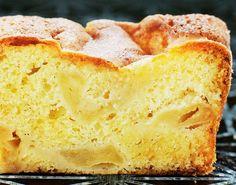 Er du lige så stor fan af æblekage som os? så skal du prøve denne lækre æblekage med et twist. Denne æblekage indeholder vanilje som smager helt fantastisk