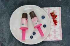 Sucettes glacées façon napolitaine Le Cacao, Plastic Cutting Board, Raspberry, Plain Greek Yogurt, Ice Pops