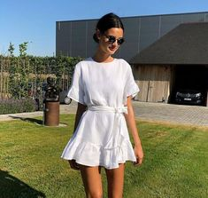 beautiful summer outfits - Find the most beautiful outfits for your summer look. Simple Dresses, Cute Dresses, Casual Dresses, Casual Outfits, Summer Dresses, Simple Outfits, Evening Dresses, Mode Outfits, Fashion Outfits