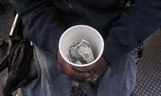Was Sie hier sehen werden sind weitere Belege dafür, dass die Zunahme der Armut in den Vereinigten Staaten vollkommen außer Kontrolle geraten ist. Es zeigt auf, dass es in »der reichsten Nation des…