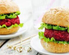 Burgers végétariens betterave et avocat : http://www.fourchette-et-bikini.fr/recettes/recettes-minceur/burgers-vegetariens-betterave-et-avocat.html