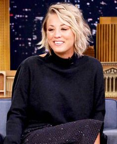 10 Sophisticated and Sexy Short Hairstyles: #2. Kaley Cuoco Wavy Short Hair