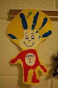 Dr Seuss' bday - Craft for book event.