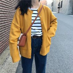 Mens cardigan sweaters are now popping up in the trendiest stores around the world. Korean Outfits, Mode Outfits, Fashion Outfits, Korean Fashion Trends, Korean Street Fashion, Yellow Cardigan Outfits, Estilo Cool, Modele Hijab, Yellow Fashion
