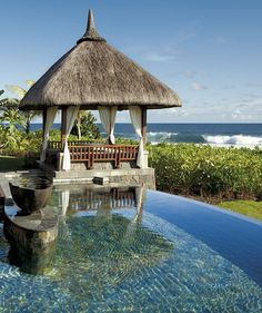 Pool at Shanti Maurice Resort, Mauritius | Incredible Pictures