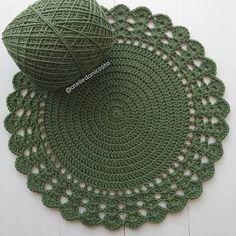 Crochet Square Patterns, Christmas Crochet Patterns, Crochet Mandala, Crochet Motif, Knitting, Holiday Decor, Diy, Crafts, Instagram