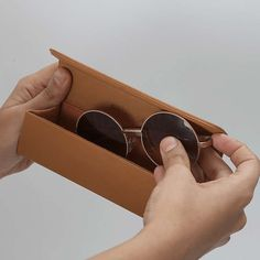 Carry your goggles safely and in style with dailyobjects accessories collection. Available in multi colors. Sunglasses Store, Glasses Case, Mobile Cases, Travel Essentials, Package Design, Pj, Tan Leather, Sunnies, Eyewear