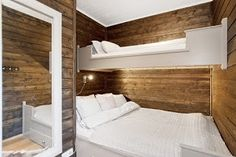 Discover recipes, home ideas, style inspiration and other ideas to try. Small Room Interior, Room Interior Design, Interior Decorating, Bunk Rooms, Bunk Beds, Bedrooms, Woodworking Bed, Cabin Interiors, Tiny Spaces