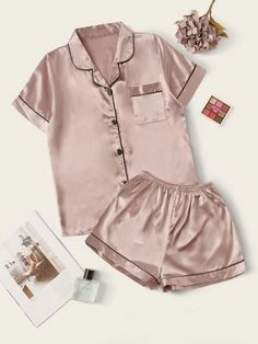 To find out about the Contrast Binding Satin PJ Set at SHEIN, part of our latest Night Sets ready to shop online today! Cute Pajama Sets, Cute Pjs, Cute Pajamas, Pj Sets, Satin Pj Set, Satin Pyjama Set, Satin Pajamas, Satin Cami, Pajama Outfits