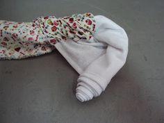 Oi meninas!!!   Aprendi com a Elza do blog Artemelza a fazer este barrado duplo.    Já ouvi dizer que este barrado chama-se rocambole.  V...