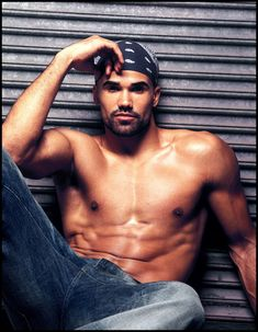Shemar Moore :) Hands down one of the most beautiful men I've ever seen!!