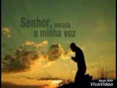 Orando a Deus pela tua vida, em mais uma madrugada