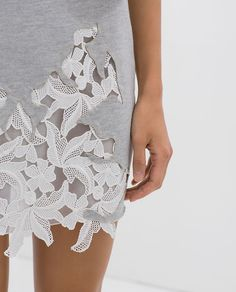 Lace and cutwork remake a too long dress or update Fashion Details, Diy Fashion, Ideias Fashion, Womens Fashion, Fashion Design, Street Fashion, Fashion Dresses, Kleidung Design, Diy Vetement